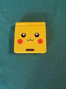 Console Nintendo Game Boy Advance SP Pokémon + Chargeur d'origine