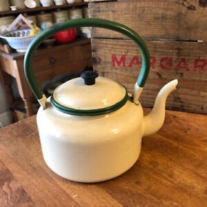 Vintage Jury Brand Cream & Green Enamel Stove-Top Kettle – Good Condition!