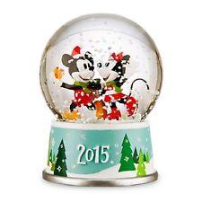 DISNEY MICKEY AND MINNIE 2015 HOLIDAY SNOWGLOBE--NEW