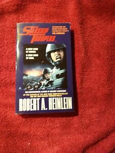 Starship Troopers by Robert A. Heinlein PB Ace (Movie-Tie-In)