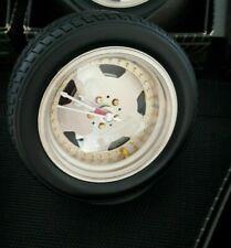 Desk Bedside Novelty Clocks Shape Of A Car Wheel horloges forme d'une roue nieuw