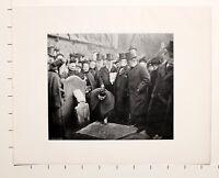 1905 PRINT + TEXT PICKING UP SIXPENCES ST BARTHOLOMEW GOOD FRIDAY SMITHFIELD