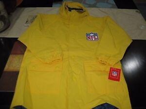 BOYS/GIRLS TAMPA BAY BUCCANEERS RAIN Jacket Size LARGE 7  YELLOW   NWT