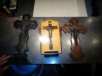 Lot de 3 Crucifix