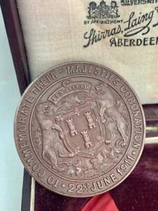 King George V & Queen Mary Bronze Royal Coronation Medal 1911 & Box.