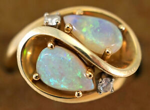 Australian Opal & 14K Gold Ring with Diamond Accents Size 7 ~ 7.1 grams