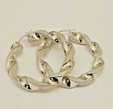 BEAUTIFUL 18CT WHITE GOLD HOLLOW TWISTED PATTERNED HOOP EARRINGS FULL HALLMARKED