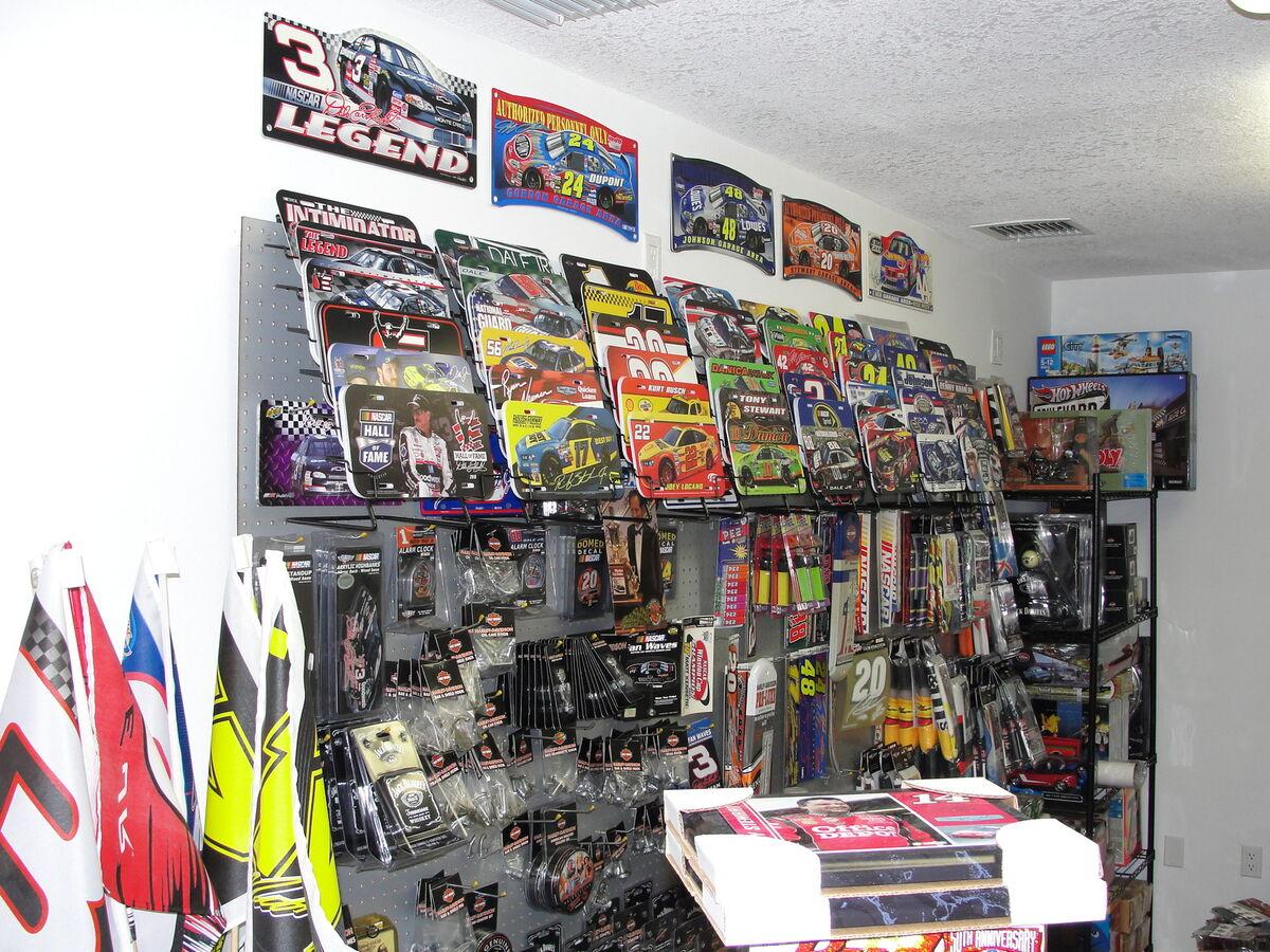 J C'S NASCAR COLLECTIBLES
