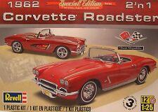 REVELL 1:25 SCALE 1962 CHEVROLET CORVETTE ROADSTER 2-n-1 PLASTIC MODEL CAR KIT
