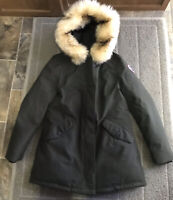 THE NORTH FACE Women's Arctic Parka Down Coat TNF Black Size Med