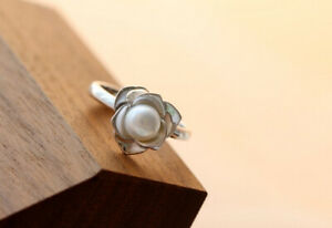 D10 Ring Freshwater Pearl IN Bloom 925 Sterling Silver
