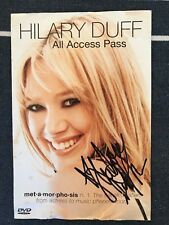 Hillary Duff DVD Booklet signed with proof Foto!