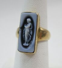 14K Gold Hard Stone Oblong Cameo Ring - Size 5.5