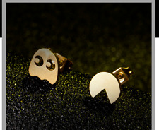 "Pac-Man Gold tone Cutout 1"" Stud Earrings"