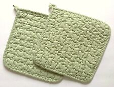 Great Finds SPEARMINT Quilted Cotton Pot Holders Set of 2 Solid Pastel Gree