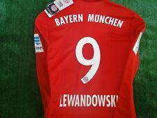 Bayern Monaco ** Lewandowski ** Home Camicia 2016-17 NUOVO con etichetta taglia media e distintivi