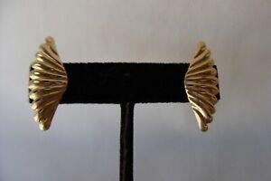 14K SOLID YELLOW GOLD DIAMOND-CUT SCALLOPED FAN POST EARRINGS 2 GRAMS