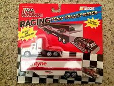 Dentyne Pontiac Racing 1994 Semi Cab and Trailer H/O Scale Die-Cast New in Pack