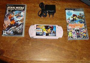 Console Psp 2000 Pink Rose version japonaise + 2 jeux (RARE)