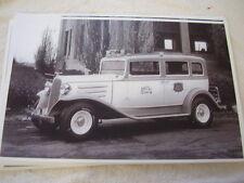 1934 CHECKER TAXI CAB 11 X 17  PHOTO   PICTURE