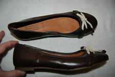 Dark Brown Leather HUNTER Dex Slip on Flats w/Ivory Corded Bow Worn Once 9.5