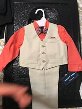 boys suit size 24 months .....great for Easter Sunday