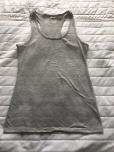 Oakley Fitted Gym Vest Large (M or S)