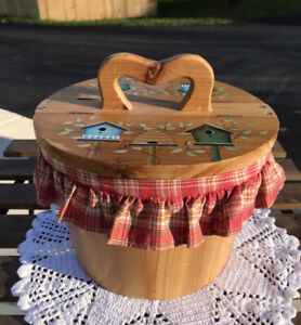 Hand Painted Coopered Lined Picnic Or Dry Goods Lidded Bucket No Makers Mark