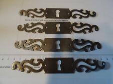 Lot 4 entrée de serrure de style Louis XV en fer pour meuble,tiroir, etc..