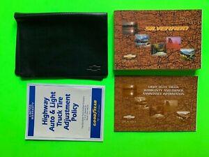 2000 Chevrolet SILVERADO Factory Owners Manual Set & Case *OEM*