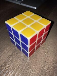 Rubik Cube 3x3 (Glow In The Dark) Classic & Customizable
