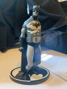 DC Direct Batman Black & White Mike Mignola 1st Edition 2006 statue 3433/3800