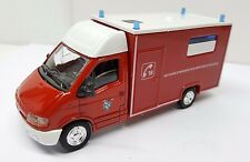 SOLIDO 1/50 RENAULT MASTER SECOURS D'URGENCE AMBULANCE POMPIERS