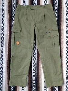 Fjall Raven Gore Tex Cargo Pants vtg Military Green outdoor lined trousers EUR52