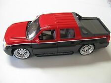 WELLY 1:24 SCALE 2002 CHEVROLET AVALANCHE DIECAST TRUCK MODEL W/O BOX NEW!
