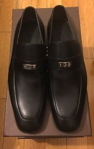 Gucci Mens Black Leather Loafer Silver Logo Plate Size 8 Gucci Size. Brand new!!