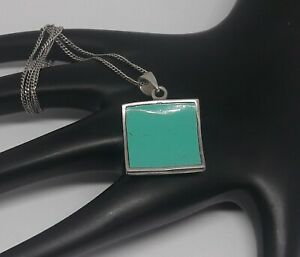 925 Silver Turquoise Pendant & Chain.