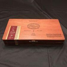 RARE 1926 PADRON ANNIVERSARY NO. 35 NATURAL WOODEN CIGAR BOX SUPERB