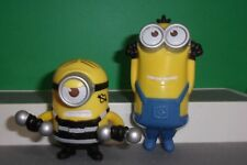 2017 McDonalds DESPICABLE ME 3 MINIONS LOT OF 2 WEIGHT LIFTER & VIBRATING PASS