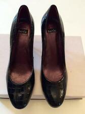 BERTIE BLACK LEATHER CROC PRINT PATENT LEATHER HEELS SIZE 7/40