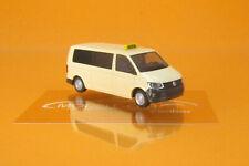Rietze 32050 VW T6 Taxi beige 1 87
