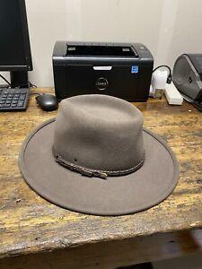 Akubra Traveller Regency Fawn Hat Size 58 Made in Australia