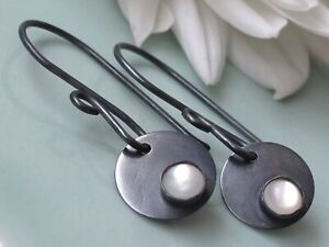 Handmade 'Full Moon' Mother of Pearl Cabochon Oxidized Sterling Silver Earrings