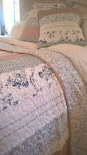 Shabby Chic Patchwork Decorative Quilts & Bedspreads