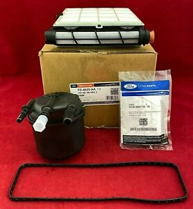 New OEM Motorcraft 6.7L Ford Powerstroke FD4625AA Fuel/Water Filter Kit W/ CLIPS
