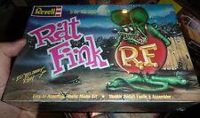 REVELL BIG DADDY ED ROTH RAT FINK MODEL CAR MOUNTAIN FS