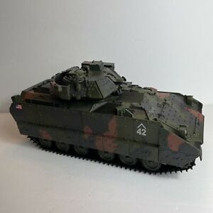 1:18 Forces of Valor Unimax U.S M3A2 Bradley Infantry Vehicle Incomplete