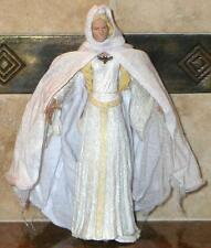 LORD OF THE RINGS ~ ROTK ~ GALADRIEL ACTION FIGURES W/ CLOTH CAPE & VASE