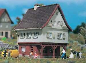 49552 / 9552 Vollmer Z Gauge Small House - NEW