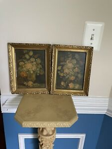 2 Antique Gold Frame Floral Print Hollywood Regency In Good Condition.